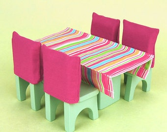 Wooden Dollhouse Furniture: Dining Room Set