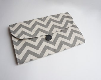 Grab 'N Go Diaper Changing Clutch -- Gray/Natural Chevron -- Travel Changing Pad, Mat, Kit, Diaper Changer