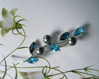 Vintage Floral Silvertoned Brooch with Pale Blue Rhinestones and Gray Pearls