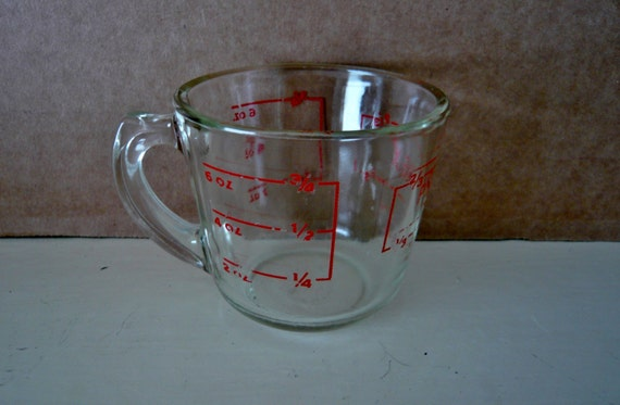 pyrex glass measuring cup clear dry measure with red writing. Black Bedroom Furniture Sets. Home Design Ideas