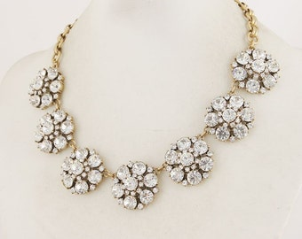 Vintage cute Crystal   flowers  necklace   for  wedding party