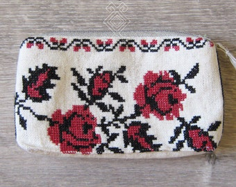 """Hand embroidered cosmetic bag """"Roses"""""""
