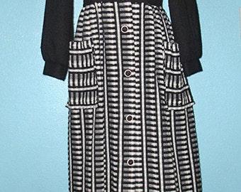 "Lucy Ricardo 1950s ""Lounge Craft Original"" Woven Wool/Acrylic Hostess Dress — size 10, Medium"