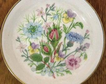 Beautiful Aynsley Porcelain pin dish