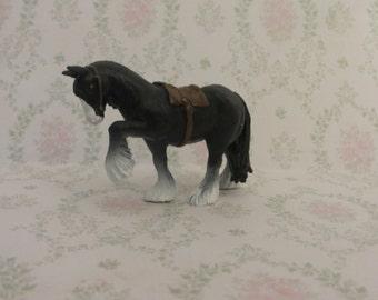 Angus Pendant-Charm-Necklace-Supplies-DIY-Princess Merida