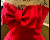Red strapless gown/ Kitten bow/ cocktail dress/homecoming/ Prom/ party/ special occasion/size medium