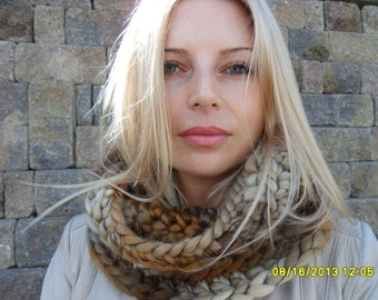 Knit chunky Infinity scarf. Hand knitted scarf. Crochet infinity scarf.