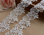 Exquisite Venise Lace Trim Off White Floral Lace Fabric Trim for Bridal, Necklace, Sashes, Veils, Jewelry or Costumes