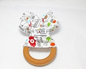 Organic teething ring, teething ring, wooden teething ring, organic wooden teething ring, baby shower gift, bunny ear teether, baby birds