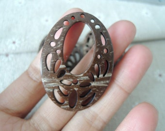 4 Pcs 48x34mm hollow oval natural Coconut charm (W 739)