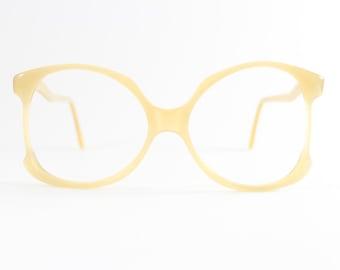 Vintage 1970s Swan Unique Pearlescent Cream Oversized Eyeglass Frame - Odette XX
