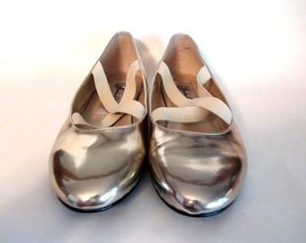 Vintage Gold Holographic Ballet Flats 8-8.5
