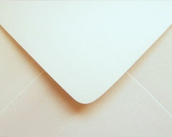 10 OPAL / ECRU  envelopes C6  for cards and invitations