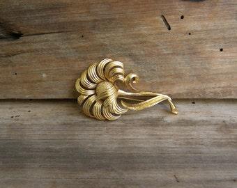 Vintage Monet Gold Metal Flower Pin