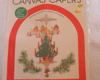 Leisure Arts Canvas Capers Christmas Tree Mobile 1983