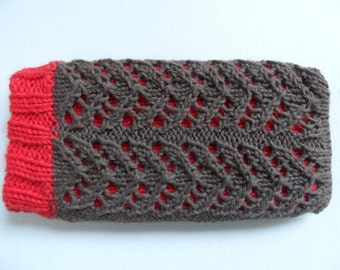 Double knitted cell phone case, red, brown, ajour patern.