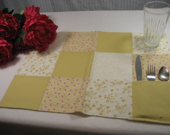 Placemat; cloth placemat