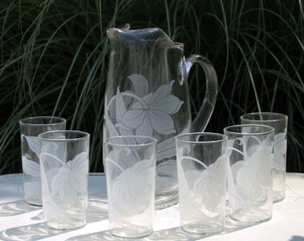 Vintage Glassware Pitcher and Tall Tumbler Corning Hand Blown Glasses. Tropical Leaf Pattern. Full 7 Piece Set in Original Box. Barware.