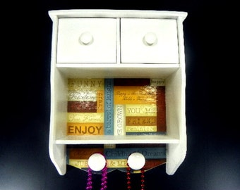 Wood Friendship Jewelry Box Hangs on the Wall with Porcelain Knobs to Organize Necklaces