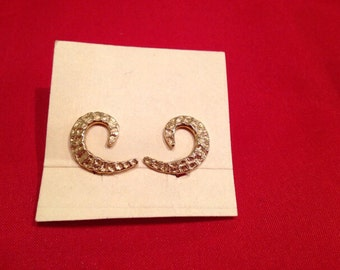 Vintage Gold Screw Back Earrings-12K gold field