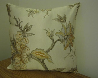 SALE! Pale yellow pillow cover