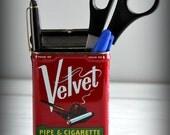 Vintage Velvet Magnetic Tobacco Tin Pen Holder
