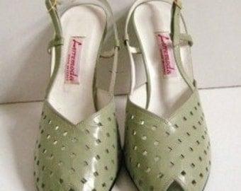 1970s Lerremoda PASTEL Green Shoes Size 9 DISCO Peep Toe Slingbacks Preforated NEW