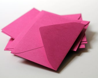 25 Mini Dark Pink Envelopes - Mini Fuschia Envelopes - 2.6875 x 3.6875 inches - Guest Book Envelopes, Favor Envelopes, Placecard Envelopes