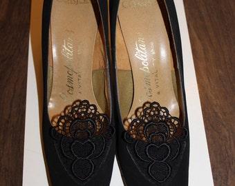 vintage vitality black heart crocheted heels cosmopolitans dupont corfam vegan mad men heels 7