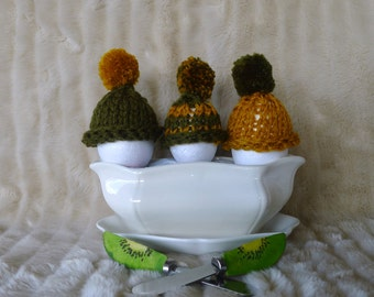 Set of 3 cozy egg warmers. Egg covers. Breakfast decor. Green egg cozy. Yellow egg warmer. Wool tiny hat. Knit egg cozy. Hand made. KEENbyAM