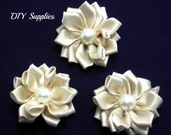 Ivory mini satin fabric flower with pearl center -  Petite satin flowers - Small ribbon flowers  - Mini ribbon flowers