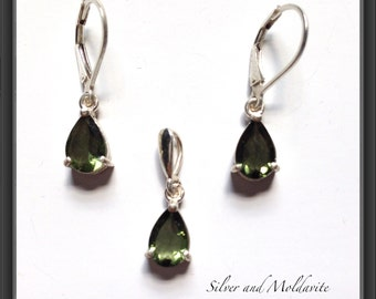 Beautiful matching faceted Moldavite Pendant & Earrings set