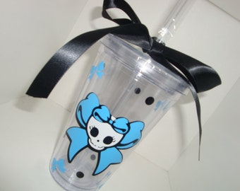 Skull with bow tumbler