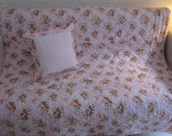 Cottage Chic patchwork eider down style bed topper  quilt   throw  comforter