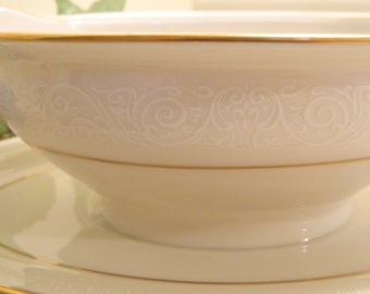 On Hold For acpflink..............Vintage Noritake Tulane Gravy Boat with Saucer
