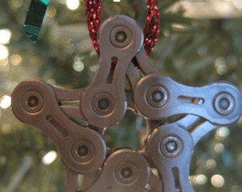 Bike chain star Christmas ornament