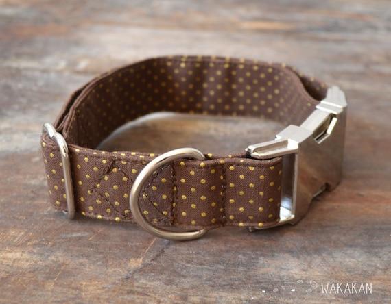 Chocolate Gold dog collar adjustable. Handmade with 100% cotton fabric. Elegant dots pattern. Classic chic leash. Wakakan