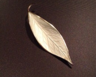 Vintage 1950's David Andersen sterling silver and white guilloche enamel leaf brooch