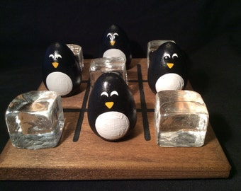 PENGUIN and ICE CUBE Tic-Tac-Toe