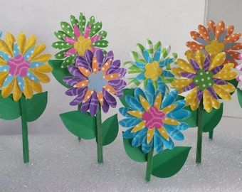 Daisy Cupcake Toppers in Bright Summer Colors