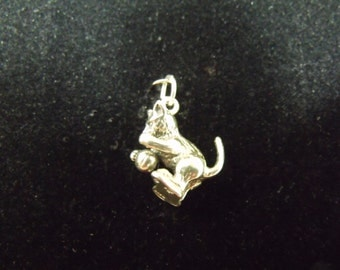 Sterling Silver Kitten with Ball of Yarn 3D Charm/Pendant - .925 5.1 grams
