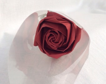 Single wrapped origami rose