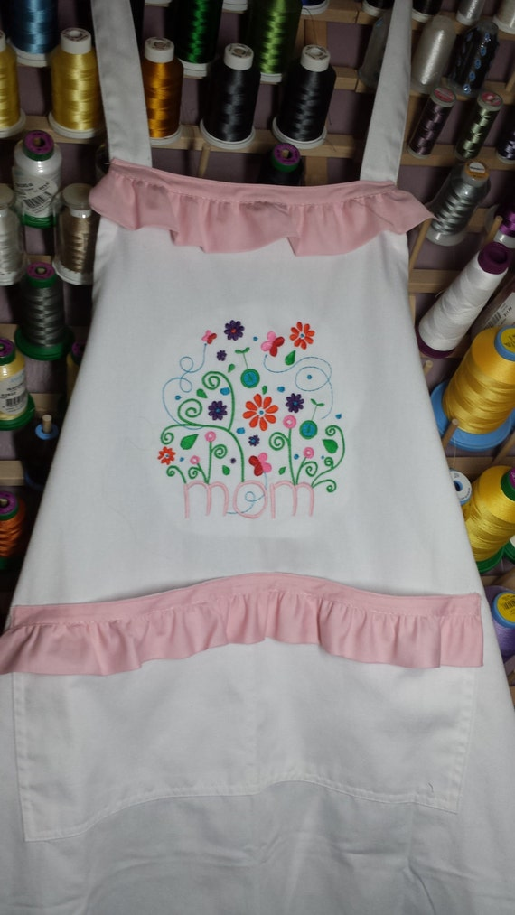Apron For Kitchen : MOM