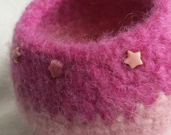 Pink Felted Bowl with Star Beads