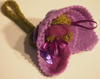 Lilac flower brooch