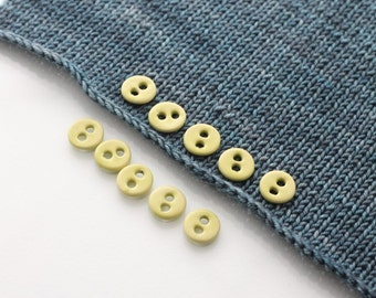 """10 Small Spring Green Ceramic Buttons (15 mm / 0.6"""")"""