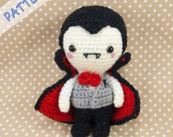 Vampire amigurumi pattern (PDF), plush Dracula, Halloween decor