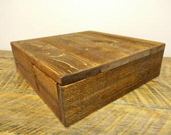 "Rustic Wood Cake Stand - 12""x12"" & 14""x14"""
