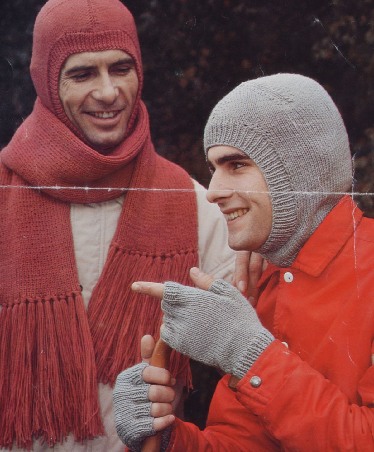 Vintage knitting pattern mens balaclava scarf fingerless