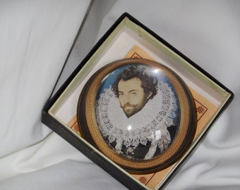 Sir Walter Raleigh,    Nicholas Hilliard, 1581